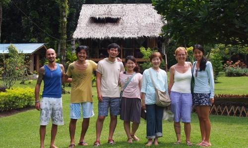 フィリピンカミギン島でリゾートオーナーと