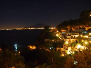ヴィーコ・エクエンセの夜景