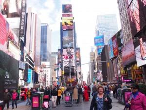 ニューヨーク・タイムズスクエアの街並み