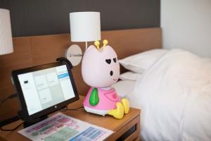 「変なホテル」チューリーちゃん