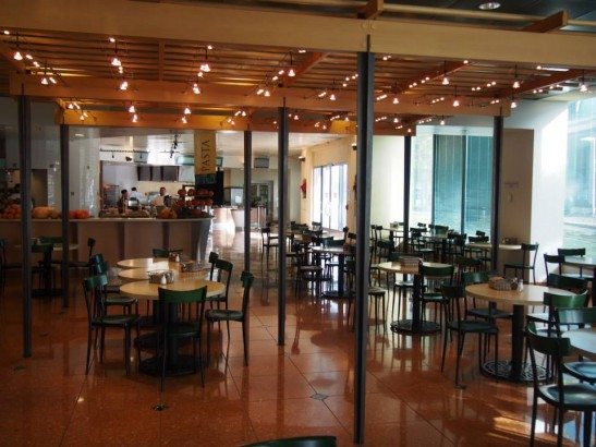 Oracle(オラクル)本社の社員食堂