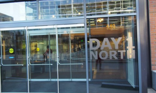 DAY 1 NORTHビル
