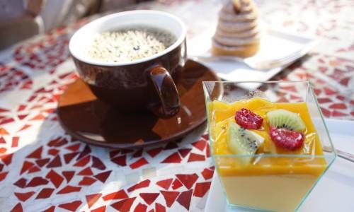 コーヒーとマンゴープリン