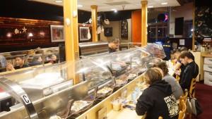 シリコンバレー寿司「すし丸」の店内