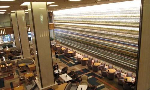 帝国ホテル本館ロビー光壁