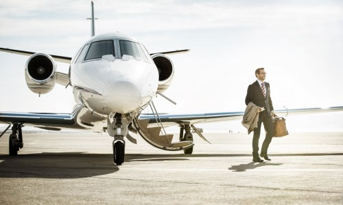 世界の大富豪がもつプライベートジェット機まとめ