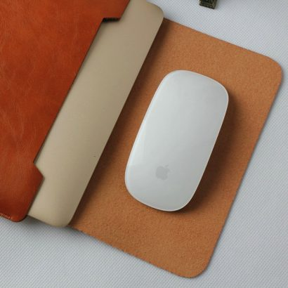 ケースをマウスパッドにできる!おしゃれ本革MacBook12インチケースカバー