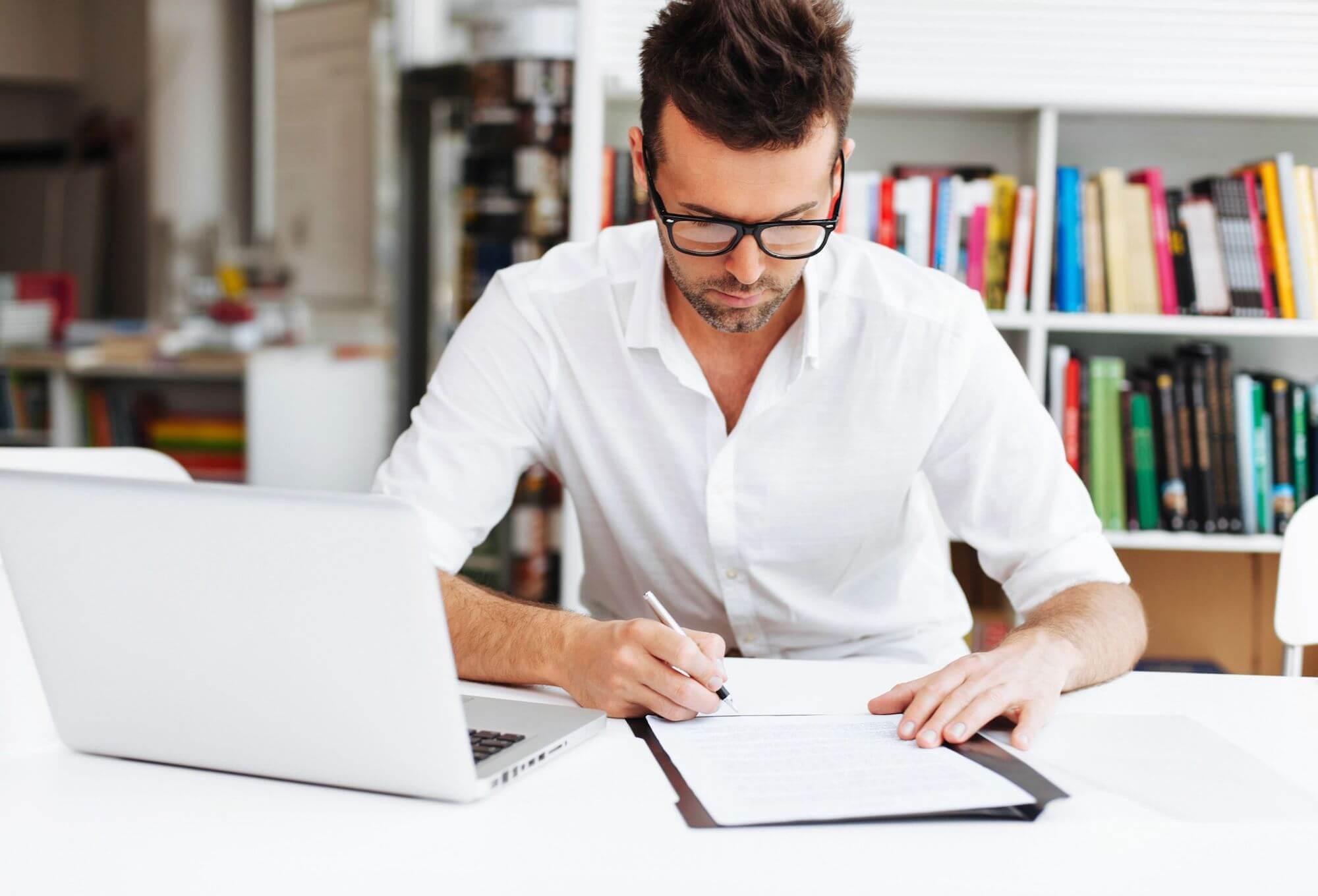 【サイト売買契約書雛形無料ダウンロード付き】実際のサイト売買の契約書チェックすべき大事な項目!