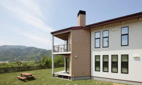 小高い丘の家