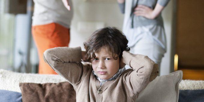 幼少期の両親との関係性、両親同士のパートナーシップ、兄弟との関係性があなたの自己肯定感に影響を与えている