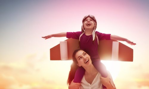 母親の自己肯定感が低いと、将来にどんな影響を与えてしまう?