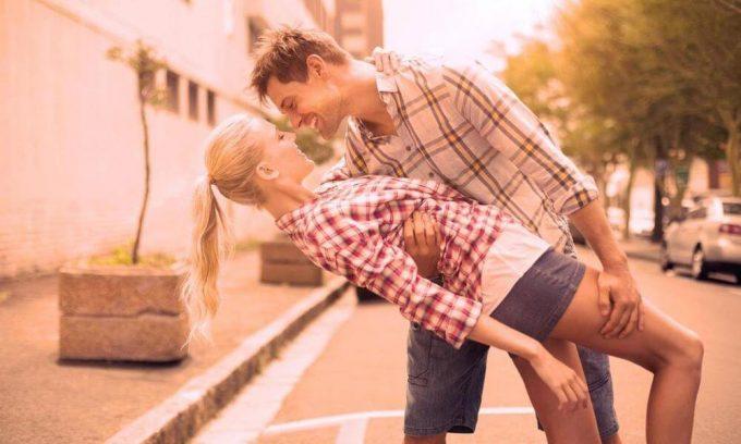 男性は結婚する気がなくても恋愛する(恋愛市場と結婚市場)