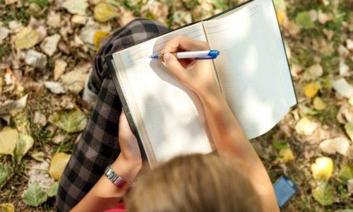 「どんな人と生きていきたいか?」をノートに書く