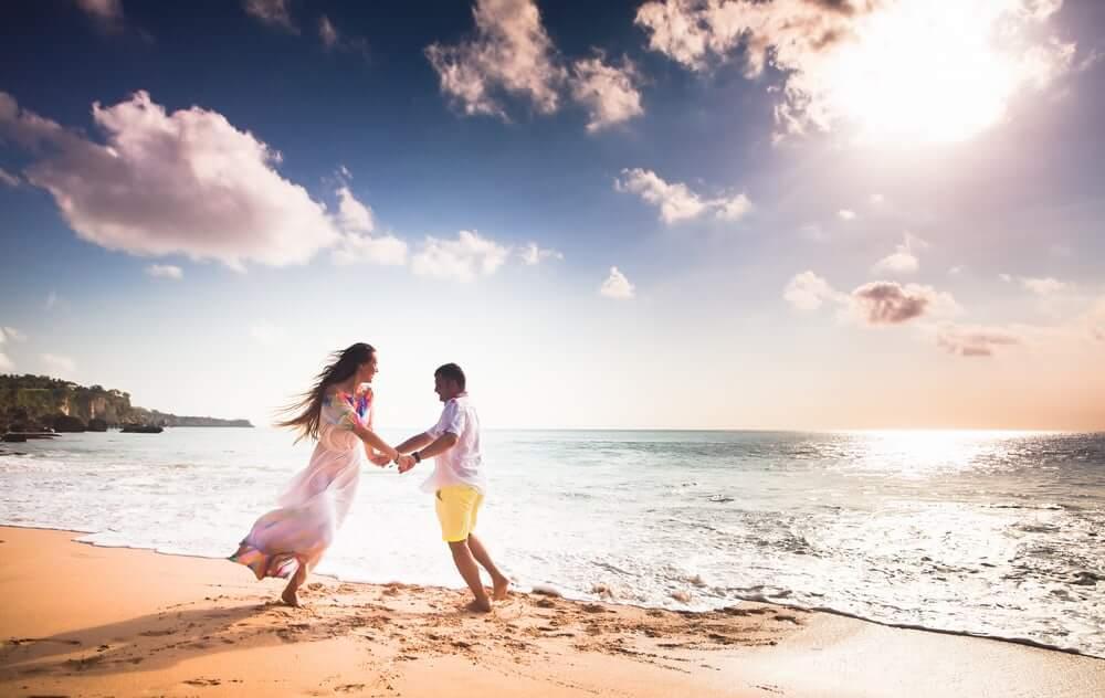 男性の年齢別の「結婚市場」への参入タイミング。女性の結婚したい時期と男性の結婚したい時期がズレているワケ