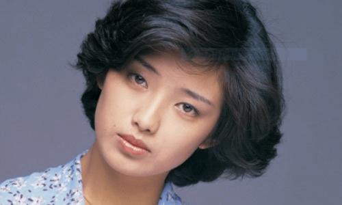 自己肯定感が高い芸能人・山口百恵さん