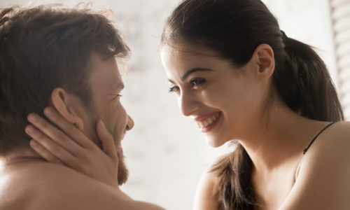 「あげまん理論」と他の恋愛学の違いは、「男女の信頼関係の向上」に重きをおいていること