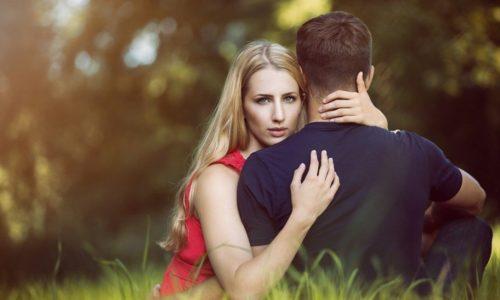嫉妬から読み取れる男性心理とは?独占欲や怒る原因を分かりやすく解説!
