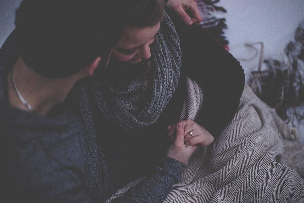 彼氏が仕事が超忙しくて不安!忙しい彼氏と結婚するための心構えとステップ!