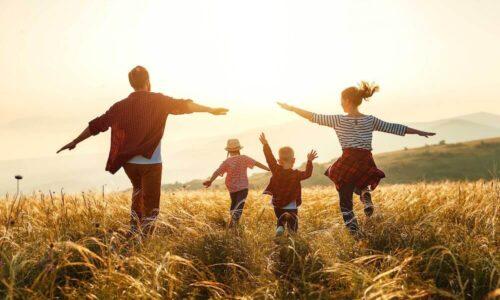 あのね、恋愛とは「子どもの頃の親との関係」の再現なんだよ
